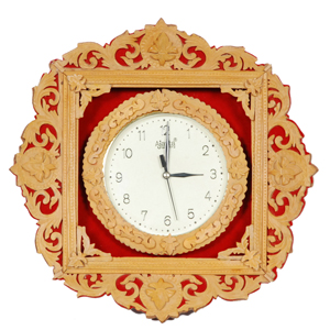 Shivaniwood Carved Design With Clock