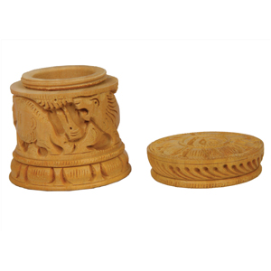 Wooden Carved Dabbi