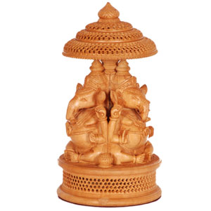 Wooden Carved 3 Side Ganesha With Umb Base